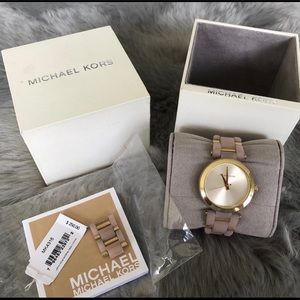 Gorgeous! Authentic Michael KORS Watch
